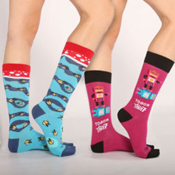 10% off + Free pair of socks!